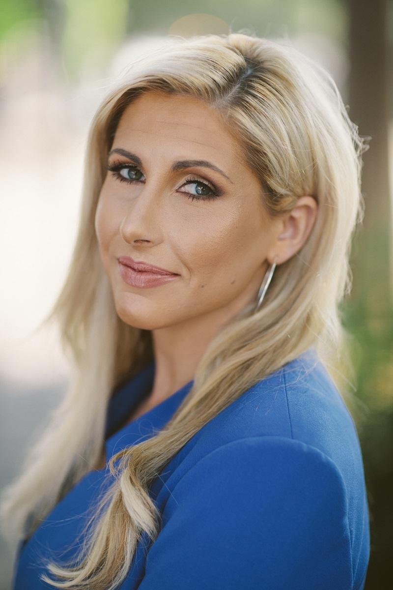 Danielle  Grossman